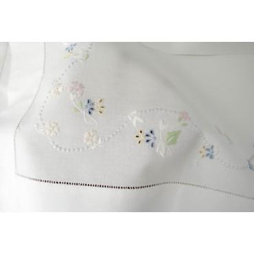 Lenzuola Matrimoniali Ricamo a Mano Fiorellini Madeira 012 - Percalle di Cotone