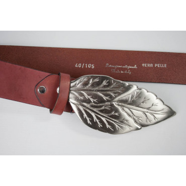 Cintura Rossa in cuoio lunga 105 cm fibbia a foglia - taglie forti