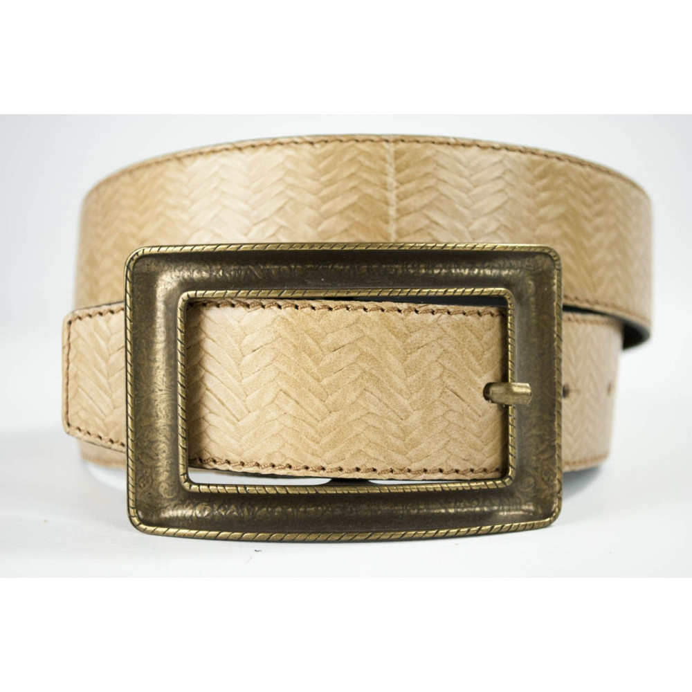Cintura Beige in cuoio lavorato lunga 95 cm fibbia lavorata dorata - taglie forti