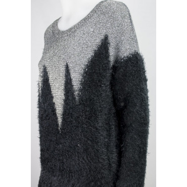 Large Knit Women's zig-Zag Black and Silver