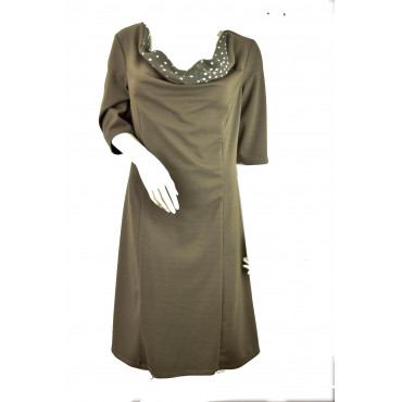 Woman Sheath Dress 3/4 sleeves wide neckline Polka Dots Light Brown