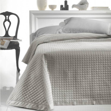 copy of Quilted bedspread...